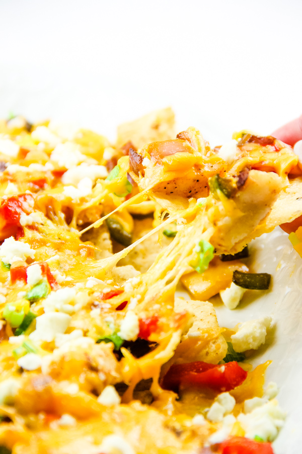 Fish Nachos recipe is quick, easy, great for a crowd, and packed with awesome flavors! #fish #nachos #TexMex #recipe #gameday #food #easy