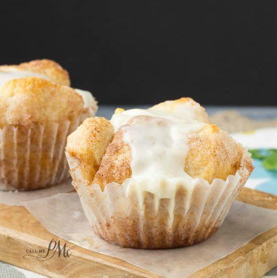 Cinnamon Roll Monkey Bread Cupcakes s