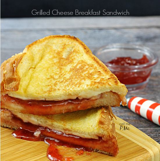 Grilled Cheese Breakfast Sandwich from callmepmc.com a sweet and savory grilled cheese sandwich. This breakfast grilled cheese sandwich is the perfect combination of flavors!