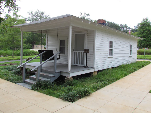 Elvis Presley Birthplace Part 1