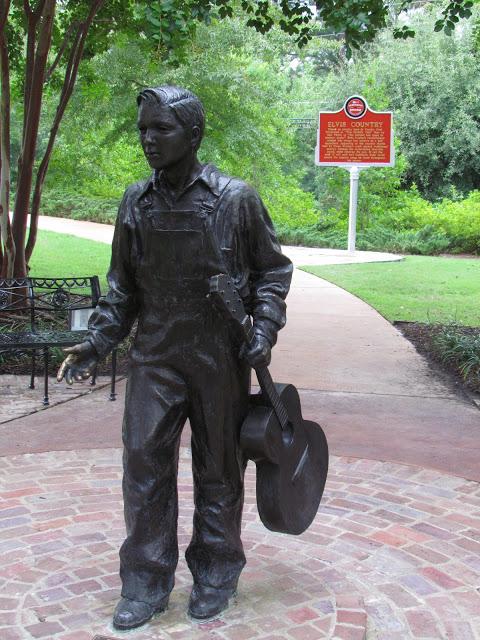 statue of young Elvis Presley
