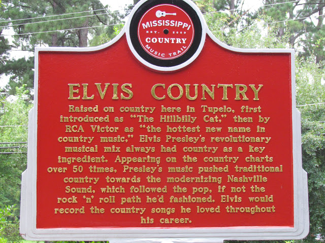 Elvis Presley music trail sign