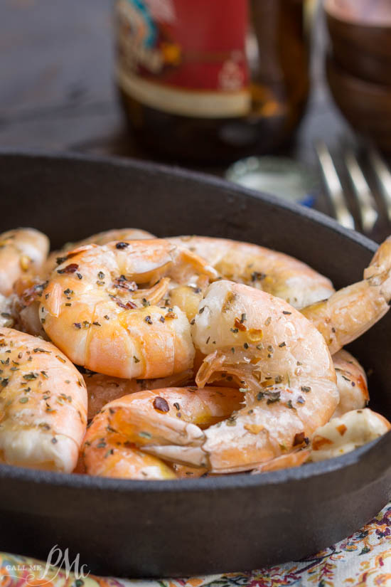 This succulent shrimp recipe, Spicy Roasted Shrimp, is full of bold flavors. It's a one-pot meal that's ready in 5 minutes. It's perfect for busy weeknight meals.