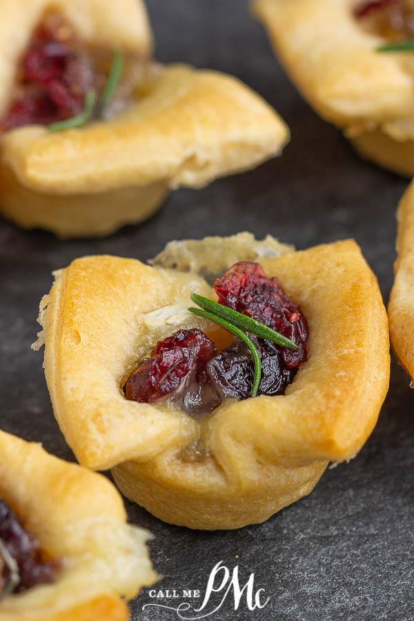 Bakes Cranberry Brie Bites