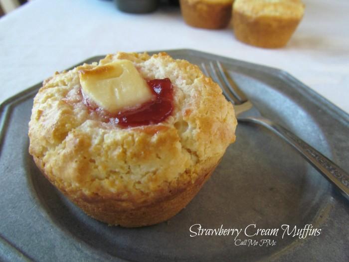 strawberry-cream-muffins-call-me-pmc-1