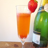 Refreshing Strawberry Fizz Cocktail