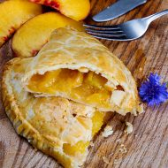 Three Ingredient Fresh Peach Hand Pies