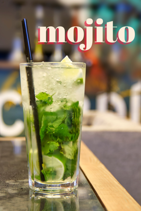 Real Mojito is a traditional cocktail with lime & mint with a hint of sweet. It's a favorite in the South during the hot, humin months! #mojito #cocktail #lime #mint #recipe