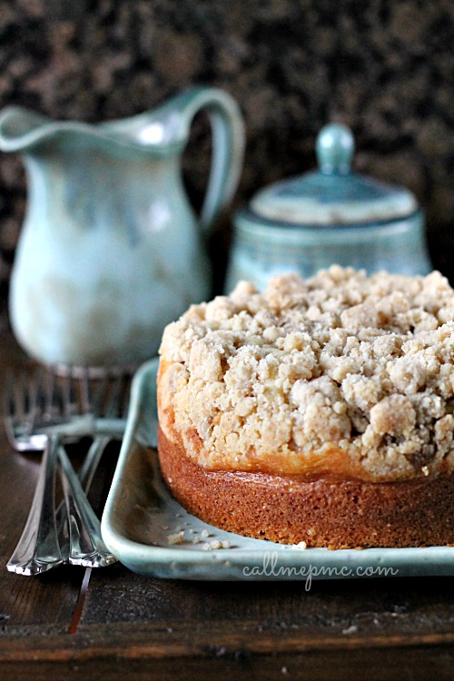 Amaretto Cream Cheese Coffee Cake Recipe With Cinnamon Streusel
