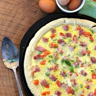 Breakfast pizza egg ham cheese