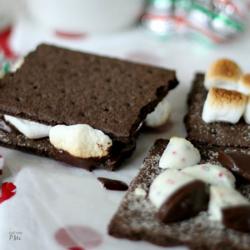 Indoor Chocolate Mint S'mores Recipe