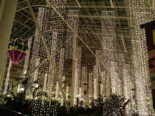 lights-Gaylord Opryland Resort