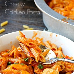 One Pot Cheese Chicken Pasta Manwich
