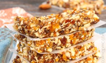 Apricot Almond Energy Bars Recipe