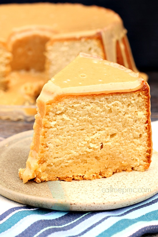 Cake. Pound Cake. REcipe. Peanut Butter Pound Cake with Peanut Butter Glaze, peanut butter lovers rejoice! This Pound Cake is a deliciously, mouth-watering treat!