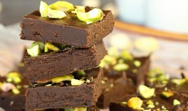 5 MINUTE DARK CHOCOLATE FUDGE