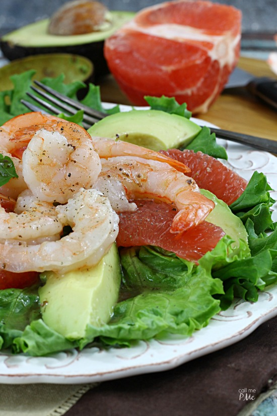 Grapefruit Avocado Shrimp Salad - making this salad recipe today!