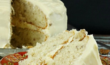 Italian Cream Cake Recipe with Buttercream Frosting