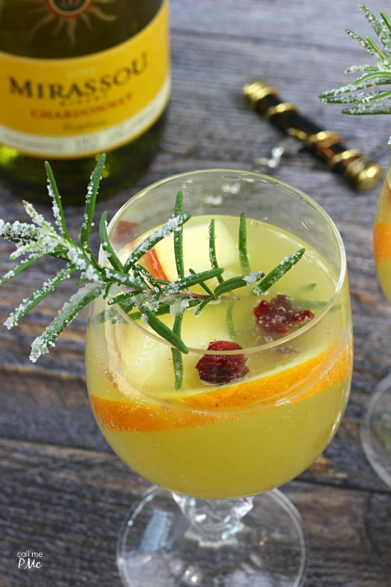 White Sangria Sparkler - Mirassou chardonnay kicks up this white wine sangria |content for 21+ #MirassouHoliday AD
