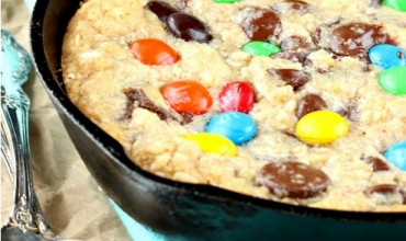 20+ Dessert Pizza and Pizookie Recipes