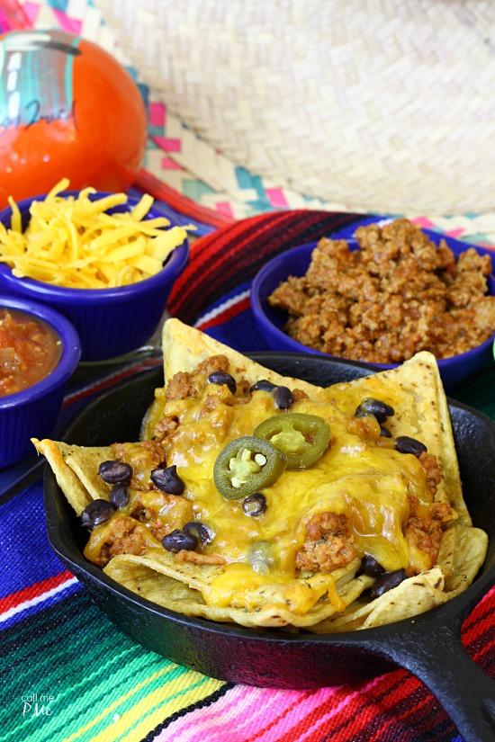Mini Taco Nachos - easy entertaining food @JoseOleCentral #BigGameAppetites