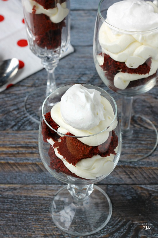 Red Velvet Parfaits Recipe turns the classic favorite into a show-stopping presentation for entertaining. #recipe #redvelvet #dessert