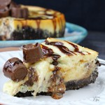 Rolo Cheesecake Recipe with chocolate cookie crust, easy dessert recipe