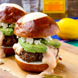 Chorizo Beef Sliders Burgers with Sriracha Mayo