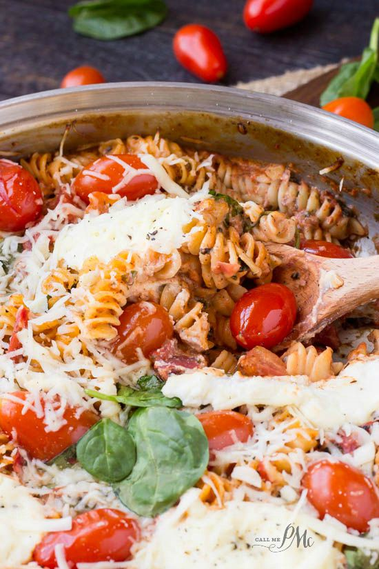 One Pan Spinach Cheese and Fire Roasted Tomato Pasta an amazing one pan dinner recipe with no boiling and no draining the pasta! #OnePanPronto #ad