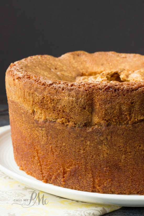 Mile High Pound Cake recipe This cake is awesome in the summer with fresh berries, whipped cream or ice cream. It's just as good in the winter with a hot chocolate or hot caramel drizzle, a hot cup of coffee