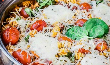 One Pan Spinach Cheese and Fire Roasted Tomato Pasta