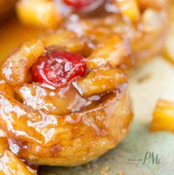 5 ingredient puff pastry pineapple upside down cinnamon rolls is seriously good. I highly recommend making these easy rolls.