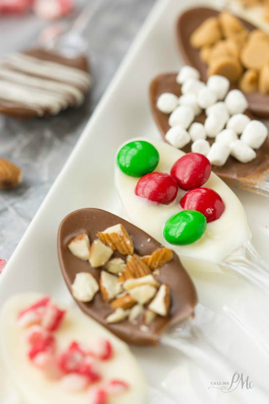 How to make Chocolate Covered Spoons the perfect mate for your steaming cup of coffee or hot cocoa. #DunkinToTheRescue #ad #sponsored