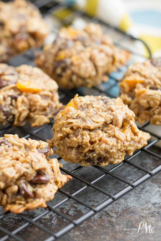recipe: oatmeal date walnut cookies [28]