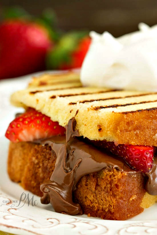 Nutella Strawberry Grilled Pound Cake Sandwiches recipe - Grilled Pound Cake slices with chocolate hazelnut spread and strawberries is a fast and easy yet delicious dessert!