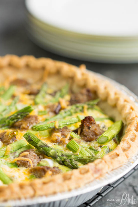 Turkey Sausage Asparagus Quiche is a simple and versatile recipe that good for breakfast or dinner. It's quick, easy, and perfect for either a fast weeknight dinner or fancy weekend brunch.