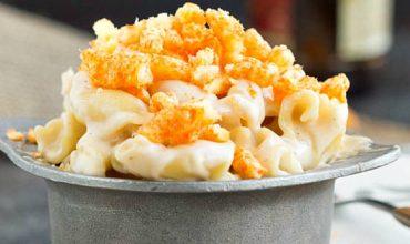 Eight Cheese Mac n Cheese with Cheetos Recipe