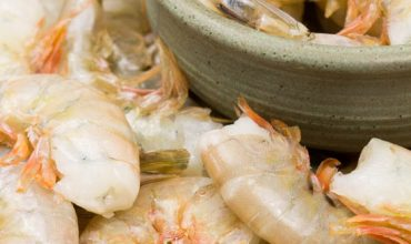 How to Peel and Devein Raw Shrimp