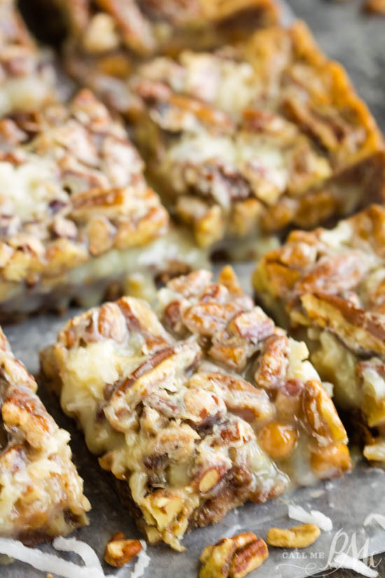 These will not last long at a party! Pecan Pie Magic Cookie Bars with Chocolate Shortbread Crust have a buttery shortbread crust with layers of pecan pie flavors. #dessert #chocolate #pecans