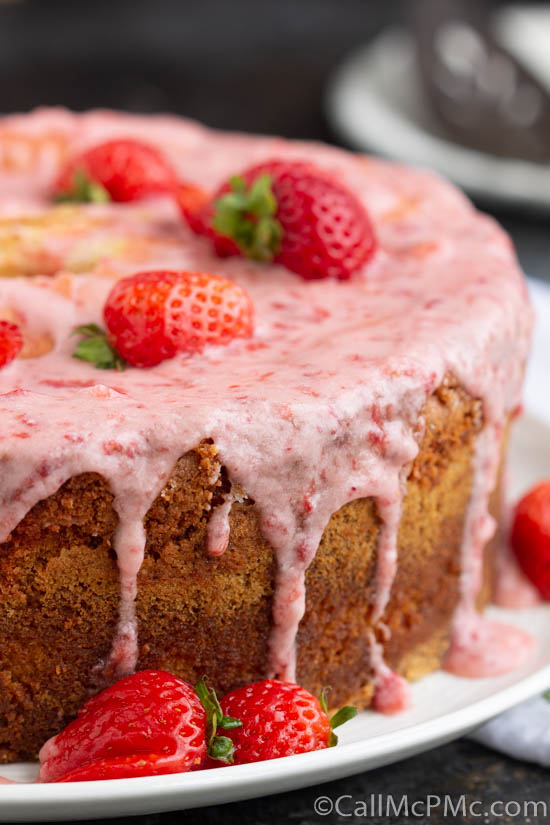 Strawberry & Cream Pound Cake with Jello is a super moist pound cake with two very special flavors. The favorite combination of strawberries and cream is put together in a unique way to make an extraordinary pound cake!