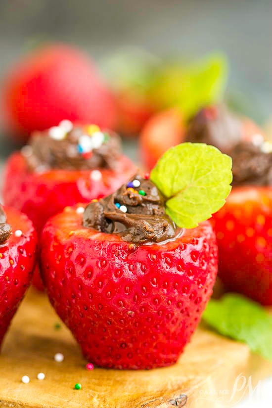 Tasty Chocolate Stuffed Strawberries is an easy-to-make, healthy, delicious dessert or snack recipe that takes just three ingredients to make. #dessert #fruit #chocolate