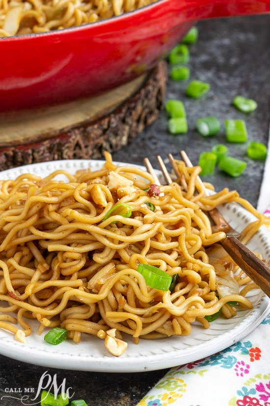 This amazing, easy, and quick stir-fried Panda Express Chow Mein Copycat Recipe is amazing! Completely customizable and absolutely delicious! Throw in whatever veggies you have and enjoy.
