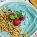 SUPERFOOD MERMAID BLUE SPIRULINA SMOOTHIE BOWL