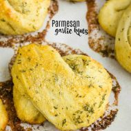 PARMESAN GARLIC KNOTS RECIPE