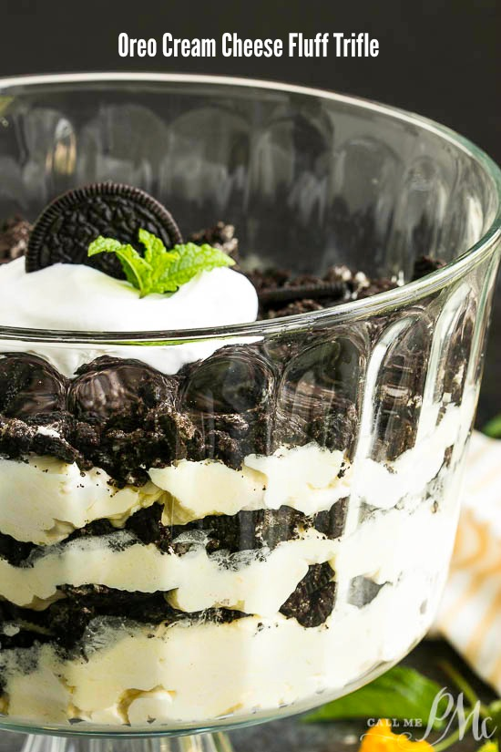 Oreo Cream Cheese Fluff Trifle is a is a sweet, creamy, delicious, no-bake dessert that takes about 10 minutes to make! #Oreodessert #dessert #trifle #Oreo #nobake #nocook #nocookOreodessert #dirtpudding #OreoCoolWhip