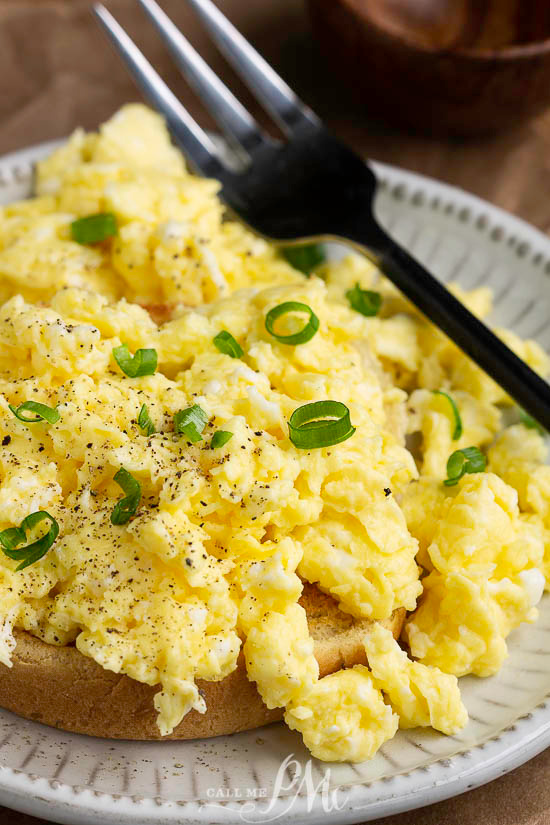 Soft Fluffy Scrambled Eggs Recipe