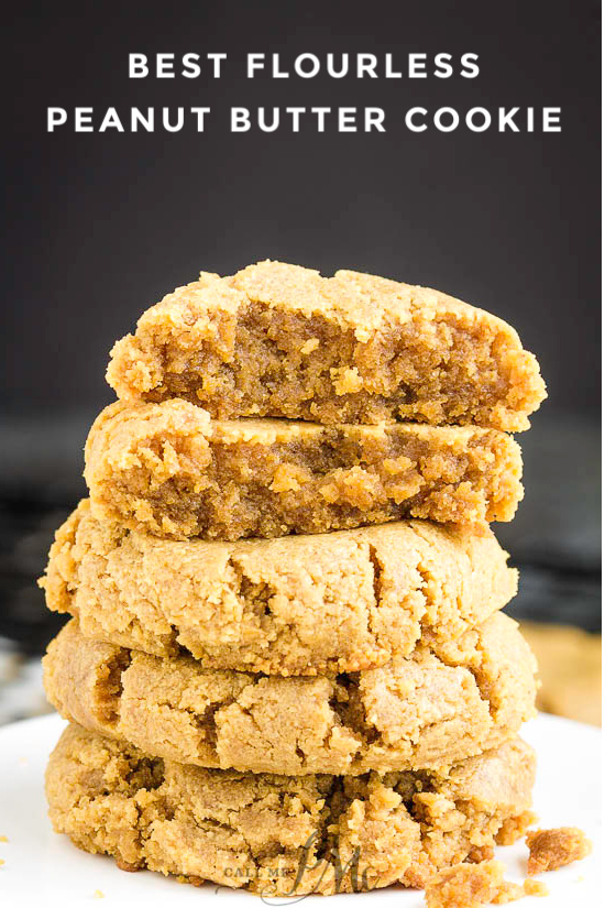 Best Flourless Peanut Butter Cookies takes just one bowl and just a few ingredients and has a bold, robust peanut butter flavor. #cookies #flourless #peanutbutter #recipe #easy #baked #Christmas #Christmascookies #cookietray #callmepmc via @pmctunejones
