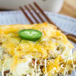 Jalapeno Popper Breakfast Casserole is a super easy casserole that you'll love. #breakfast #eggs #casserole #jalapeno #jalapenopopper #keto #recips #Christmasmorning #brunch #easy