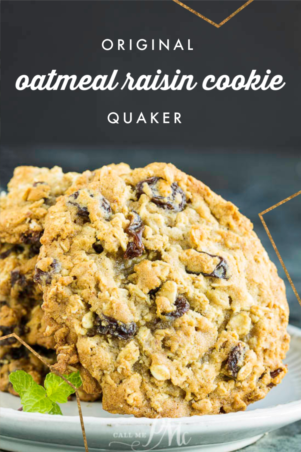Original Quaker Oatmeal Raisin Cookie Recipe has crispy edges, chewy centers, and raisins studded throughout. Vanishing oatmeal cookies. #cookie #cookietray #Christmascookies #cookies #easy #fromscratch #oats #Quaker #raisin #oldfashioned #callmepmc via @pmctunejones