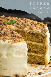 Best Toffee Banana Layer Cake is the best banana cake recipe EVER! It's moist and sweet and topped with a nutty, rich brown butter frosting! #banana #cake #dessert #toffee #brownbutter #layercake #Fallcake
